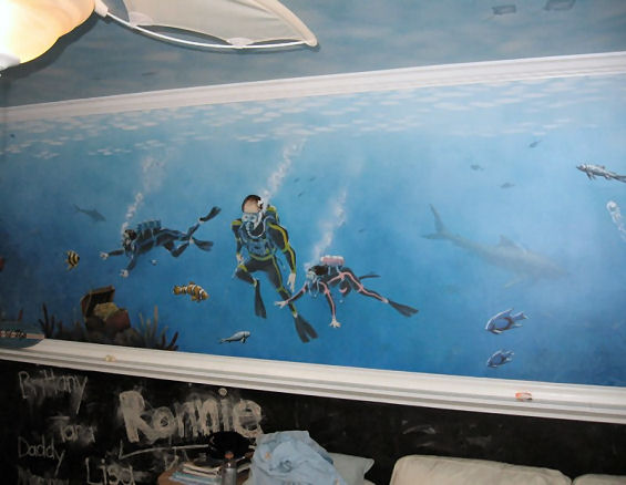 Home Mural - Diving with the kids